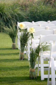 Photography: Jennifer Bearden Photography - jenniferbearden.com Event Planning: Red Letter Events - redletterevents.com  Read More: http://www.stylemepretty.com/2012/05/28/kiawah-ocean-course-wedding-from-jennifer-bearden-photography-red-letter-events/