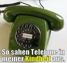 Und dazu gabs die 10m lange Schnur, was für ein Luxus, nicht mehr im kalten Flur telefonieren zu müssen.
