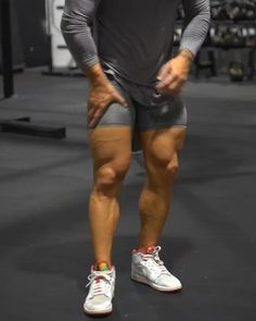 Abs And Cardio Workout, Gym Workouts For Men, Leg Day Workouts, Gym Workout Videos, Gym Workout For Beginners, Chest Workouts, Dumbbell Workout, Muscle Fitness, Fitness For Men