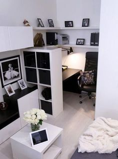 Contemporary super small home office filled with IKEA& furniture. Contemporary super small home office filled with IKEA& furniture. The post Contemporary super small home office filled with IKEA& furniture. appeared first on Lori& Decoration Lab. Small Home Offices, Home Office Space, Home Office Design, Home Office Decor, Small Apartments, Home Design, Interior Design, Office Ideas, Ikea Office