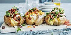 Bakt potet er en norsk gatemat-klassiker. Her er tips til hvordan du får perfekt bakt potet, pluss tre typer fyll. Potato Hash, Baked Potato, Sweet Potato, Recipe Boards, Food Styling, Tapas, Side Dishes, Bacon, Grilling