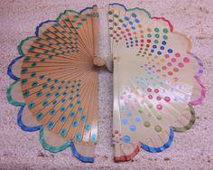 Artesanos pintados a mano. Antique Fans, Fabric Dolls, Hand Fans, Fancy, Embroidery, Antiques, Crafts, Painting, Inspiration
