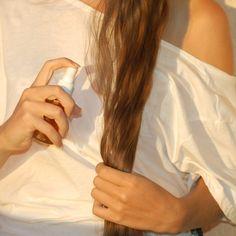 Conseils pro pour faire la différence entre cheveux secs déshydratés ou cassants. Recettes et soins adaptés pour cheveux secs en prime.