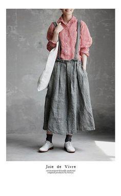 【送料無料】Joie de Vivre先染めリネン千鳥柄ブレイシーズタックスカート Japan Fashion, 70s Fashion, Fashion Outfits, Womens Fashion, Fashion Hacks, Mori Girl Fashion, Modest Fashion, Korean Fashion Online, Young Fashion