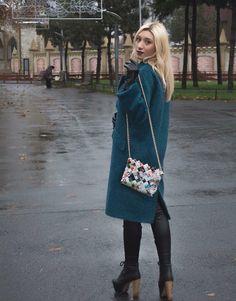 Amazing bags on www.powwowchic.ro . Must have it!❤️❤️