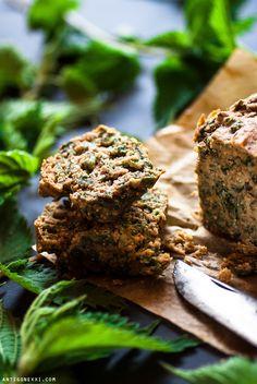 Mini Nettle Cakes and Muffins - Antigone XXI Vegan Vegetarian, Vegetarian Recipes, Vegan Plate, Muffins, Sweet Cooking, Delicious Vegan Recipes, Mini Cakes, Eat, Healthy
