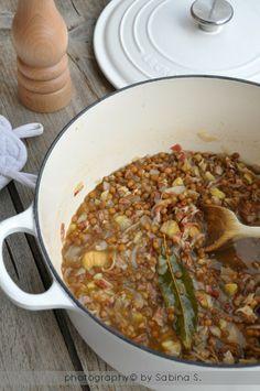 Due bionde in cucina: Zuppa di lenticchie con castagne e speck