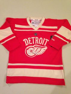 99030f8f45c NHL Detroit Red Wings Kids Size 5 6 Winter Classic Jersey www.mancavesonline .