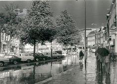 regen oppe nieuwestad Historisch Centrum Leeuwarden - Beeldbank Leeuwarden