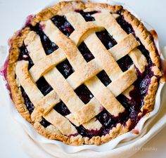 vegan cherry pie. http://kblog.lunchboxbunch.com/2014/07/vegan-summer-cherry-pie.html?utm_source=feedburner&utm_medium=email&utm_campaign=Feed%3A+KathysBlogHealthyHappyLife+%28Healthy.+Happy.+Life.%29