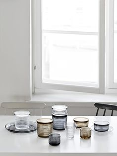 Only Deco Love: Iittala Collection Table Style, Minimalist Home, Interior Deco, Decor Design, Apartment Accessories, Home Accessories, Interior, Kitchen Interior, Home Decor