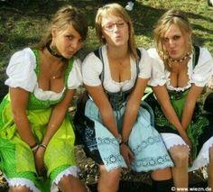 Octoberfest Girls, Drindl Dress, Beer Maid, German Girls, Beer Girl, Gorgeous Blonde, Beer Festival, Lingerie, Beautiful Girl Image