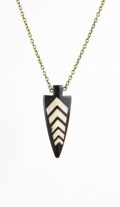 The Northward Bound necklace conjures up a Pacific Northwest vibe with its arrowhead-shaped piece. Layer it with other necklaces to create a unique look. #mooreaseal