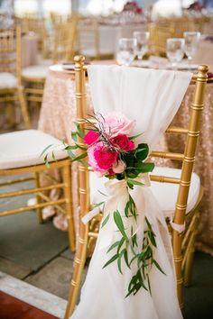 Wedding reception decor idea; photo: Dana Cubbage Weddings