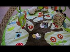 Skip Hop Treetop Friends Activity Gym | BabyLove.myonlinebiz4u2.com... Skip Hop Treetop Friends Activity Gym Lots to do and see in the Treetop! Our adorable Activity Gym features soft linen and patterned arches and includes a matching supportive Tummy Time pillow. Five hanging toys attach to 13 easy-to-hang loops offering irresistible multi-sensory play for baby at every stage of development. A mirror and built-in sounds and textures on the mat add to the fun