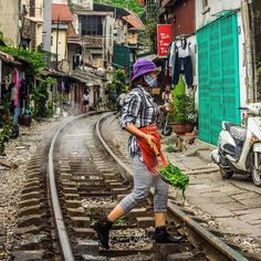 Cooking on the tracks Hanoi.  #instagood #fun #cooking #railway #tracks #hanoi #vietnam #asia #life #living #discover #explore #wow #olympus #olympus_au #olympusinspired #getolympus #people #photography #travel #travelling #twitter #travelphotography #natgeotravel