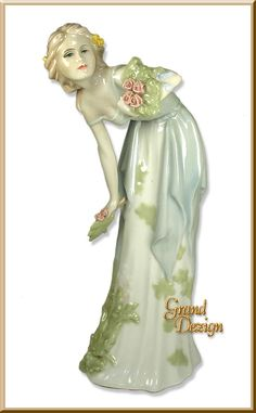 Royal Doulton Reflections Figurine Summer's Darling HN3091 www.GrandDezign.com