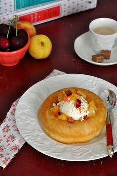 Receta de pastel savarin, receta de Julia Child, con fotos , historia, paso a paso e ingredientes. Receta de savarin adaptada para la Kitchen Aid.