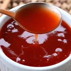 Get ready for a fast, simple, and deeeelicious Sweet & Sour Sauce! This sweet and sour sauce is perfect as a dipping sauce for potstickers, egg rolls, chicken nuggets. Best Sweet And Sour Sauce Recipe, Sweet And Sour Soup, Sweet Sauce, Sweat And Sour Chicken, Sweet Sour Chicken, Sauce For Chicken, Chinese Chicken Balls Recipe, Sauce Recipes, Cooking Recipes