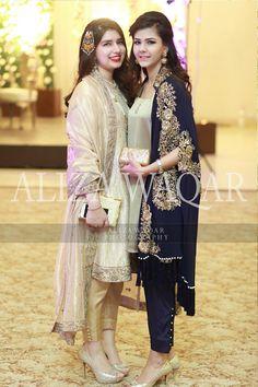 Dresses Pakistani Formal Dresses, Pakistani Outfits, Indian Dresses, Indian Outfits, Pakistani Couture, Stylish Dresses, Simple Dresses, Beautiful Dresses, Party Fashion