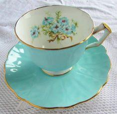 Aynsley Tracup and Saucer Mrs Teapot, Tea Cup Saucer, Tea Cups, Happy Tea, Azul Tiffany, Tea Art, Turquoise Color, Ceramic Painting, Drinking Tea