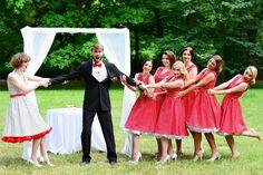 Fotoeditoriál: Svatební focení - Novinky - PoshMe - e-shop se vším, o čem ženy sní Lily Pulitzer, Retro, Wedding, Dresses, Fashion, Valentines Day Weddings, Vestidos, Moda, La Mode