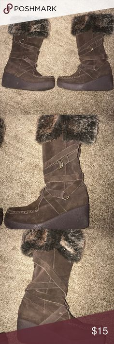 Moccasin style fur top boots Coffee colored slight heel comfy moccasin look for at the top worn once maybe twice size 7 1/2 Shoes Moccasins