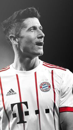 Football Icon, Football Is Life, Robert Lewandowski, Fc Bayern Munich, I Robert, Sports Celebrities, National Football Teams, Soccer World, Best Player