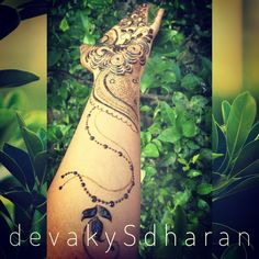 Hennaed version of my latest design. Arabic henna design.