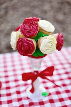 Cupcake Bouquet by Vanilla Cake Shop
