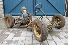 Let's Get Familiar With Go-Karting's Origin Story Triumph Motorcycles, Vintage Motorcycles, Custom Motorcycles, Dirt Bike Girl, Girl Motorcycle, Motorcycle Quotes, Mini Bike, Vintage Go Karts, Homemade Go Kart