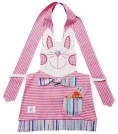 Avental infantil COELHA Baby Girl Dress Patterns, Baby Girl Dresses, Sewing Hacks, Sewing Crafts, Farm Cartoon, Jean Apron, Childrens Aprons, Baking Apron, Sewing Aprons