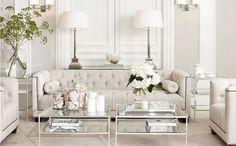 Sala de estar dentro da tendência off white também pode sim! Pode e fica lindo, não? Nós adoramos esse ambiente ;)