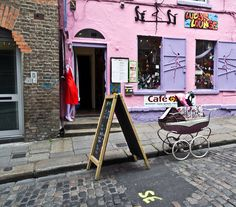 Dublin Streets - Lucy's Lounge | Flickr - Photo Sharing!
