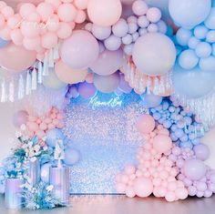 Jubilant tightened quinceanera party DIY Like us Balloon Garland, Balloon Decorations, Birthday Party Decorations, Party Themes, Balloons, Party Ideas, Idee Baby Shower, Baby Shower Themes, Bolo Tumblr