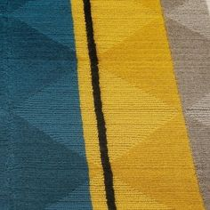 Tai Ping yellow teal rug color