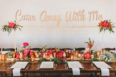 wedding head table ideas- love this come away with me http://www.weddingchicks.com/2013/09/20/wedding-in-pink-and-gold/
