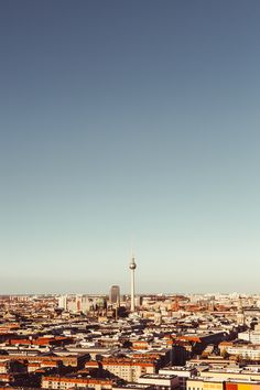 iphone wallpaper // Berlin panorama