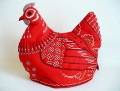 De Red Felt Chicken Tea Cozy Hand Stitched Kitchen Cosy | eBay Sewing Crafts, Sewing Projects, Mushroom Tea, Knitting Patterns, Sewing Patterns, Chicken Pattern, Chicken Crafts, Knitted Heart, Rooster Decor