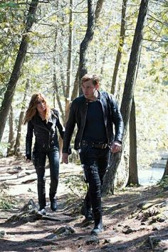 """Jace and Clary. New still of episode 2x16 """"Day of Atonement"""" #Shadowhunters"""