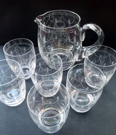 This is a really beautiful set of vintage Tamara Pattern Glasses, with its fine etched swag and leaf decoration. There has been a lot of skilled