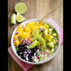 Salade verte de mangue et avocat