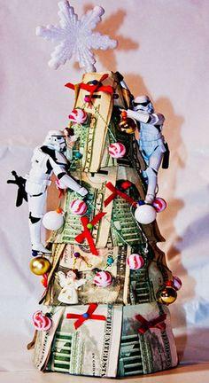 robot christmas money tree, 2013 christmas money tree, homemade christmas money tree, #Christmas #Tree #ideas www.loveitsomuch.com