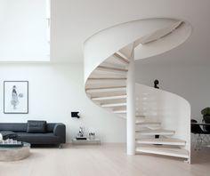 Timeless Delphi sofa designed by Hannes Wettstein (produced by Erik Jorgensen)