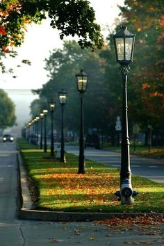 I'd love to live in a neighborhood where real, old gas lamps lit the streets