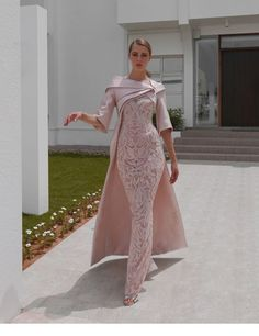 Show your best to all people even in the evening and then get stylish sexy 2019 african dubai evening dresses mermaid lace satin prom dresses vintage charming f Elegant Dresses, Sexy Dresses, Vintage Dresses, Beautiful Dresses, Fashion Dresses, Prom Dresses, Long Dresses, Women's Formal Dresses, Bride Dresses