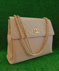 Τσάντα Chanel Με Χρυσή Αλυσίδα | Vaya Fashion Boutique