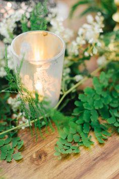Floral Designer: Ashley Beyer, Tinge Floral I Stationery: Studio Jann Marie I Kate Osborne photography