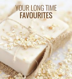 This oatmeal, milk and honey soap recipe is very easy to make and it's fabulous for sensitive or dry skin. This soap can also help with mild eczema. Diy Crafts To Do, Craft Projects For Kids, Homemade Crafts, Homemade Oatmeal, Oatmeal Soap, Honey Soap, Diy Body Scrub, Luxury Soap, Handmade Soaps