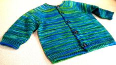 Ravelry: Top Down Basic Baby pattern by Angela Juergens m, Fingering, Kids Knitting Patterns, Kids Patterns, Knitting For Kids, Knitting Ideas, Toddler Cardigan, Baby Cardigan, Knit Baby Sweaters, Baby Knits, Fingering Yarn